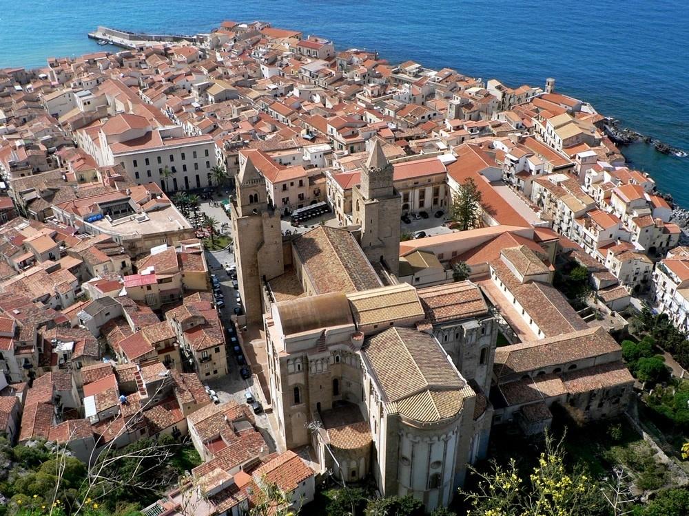 Cefalù Guide Turistiche Eolie Messina Taormina