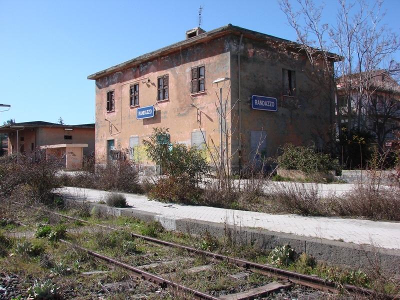 Randazzo Guide Turistiche Eolie Messina Taormina