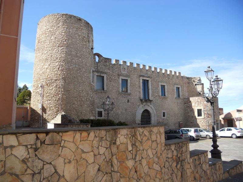 Roccavaldina Guide Turistiche Eolie Messina Taormina