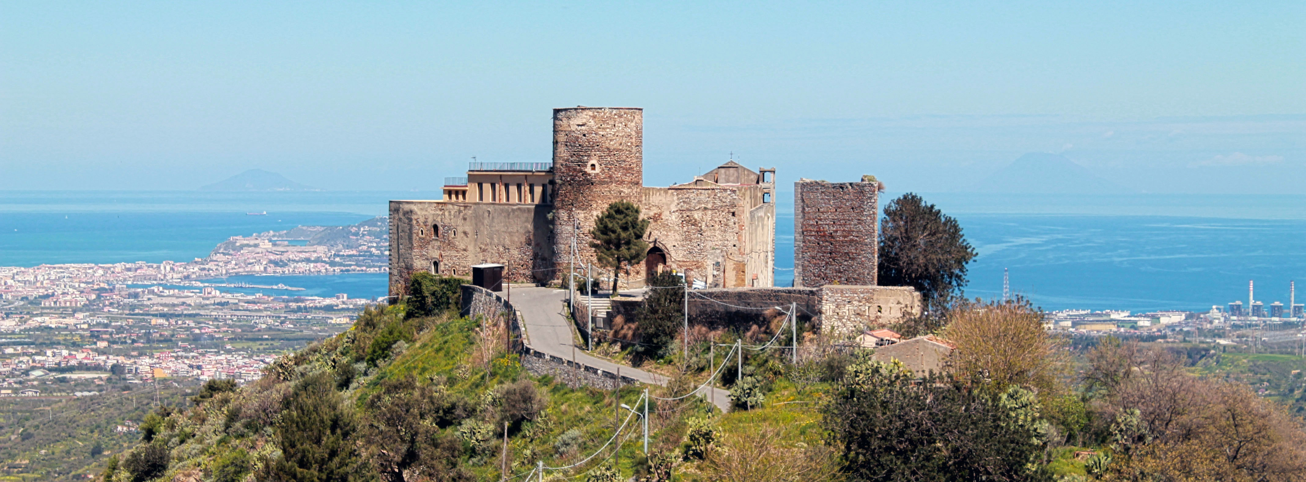Santa Lucia del Mela Guide Turistiche Eolie Messina Taormina